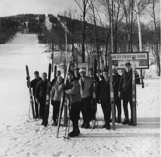 Jay Peak - Walter Foeger & Instructors' Class Dec. 1960